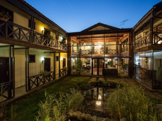 Hotel Domeniul Dambu Morii