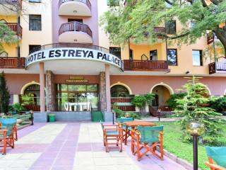 Hotel ESTREYA PALACE & RESIDENCE
