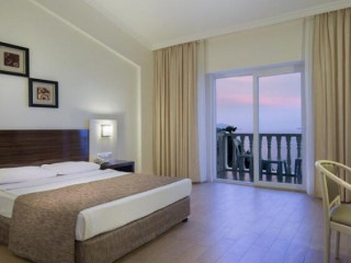 Hotel SENZA GARDEN HOLIDAY CLUB
