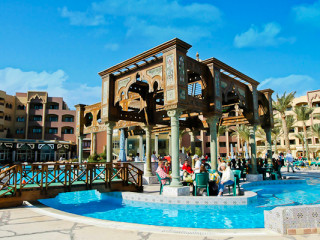 SUNNY DAYS RESORT SPA AND AQUA PARK