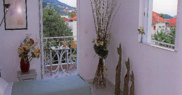 dionyssos-studio_10432_3.jpg
