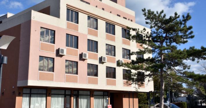 hotel-de9f8bbb12c32df2.jpeg