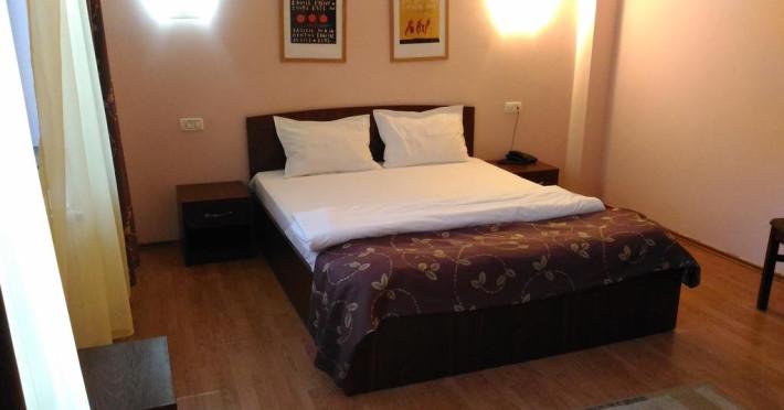 hotel-montana-f436c17072fc9f8e.jpeg