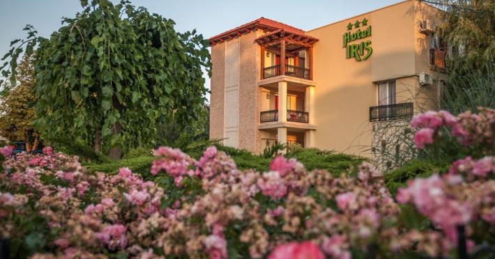 Hotel Iris / Mimoza