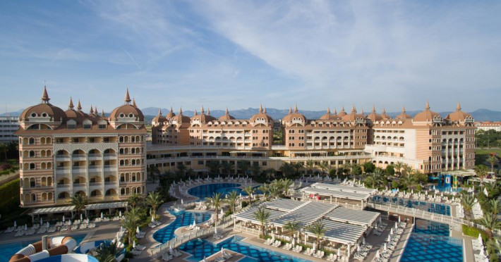 royal-alhambra-palace-hotel_59075_1.jpg