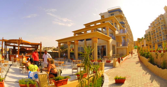 sphinx-resort_3567_hurghada-egypt-hotel-sphinx-resort-terasa.jpg