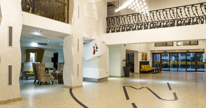 VIA PONTICA HOTEL